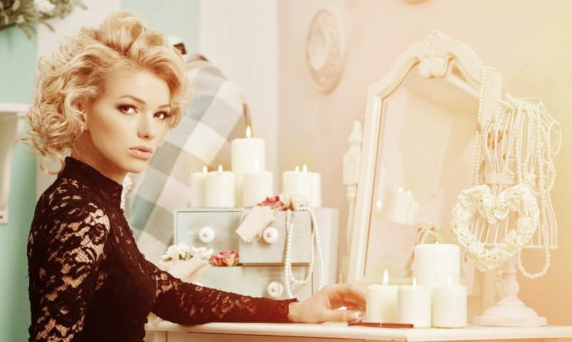 Beauty rich luxury woman like Marilyn Monroe. Beautiful fashionable girl in a retro interior