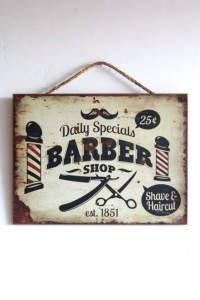 Πινακίδα barber shop: Vintage ξεθωριασμένη πινακίδα τοίχου, barber shop.